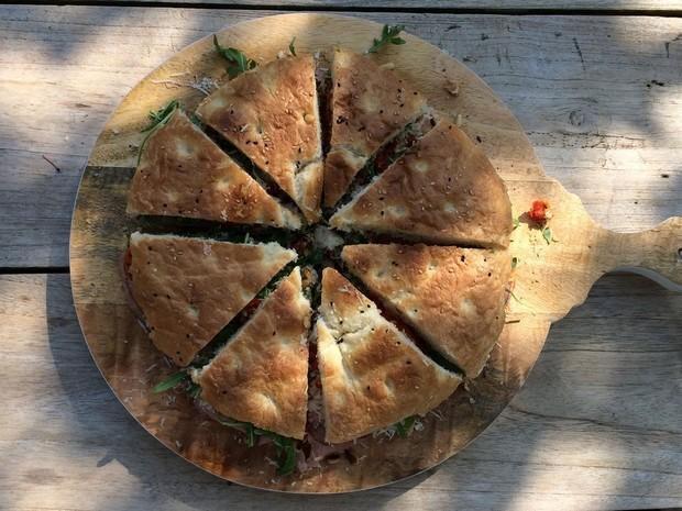 turks_brood_taart_truffel_parmezaan_zongedroogde_tomaatjes_rosbief